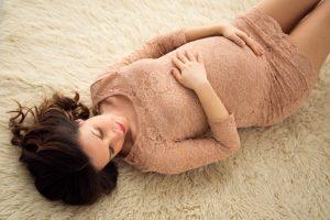 ritratto di gravidanza studio fotografico di milano