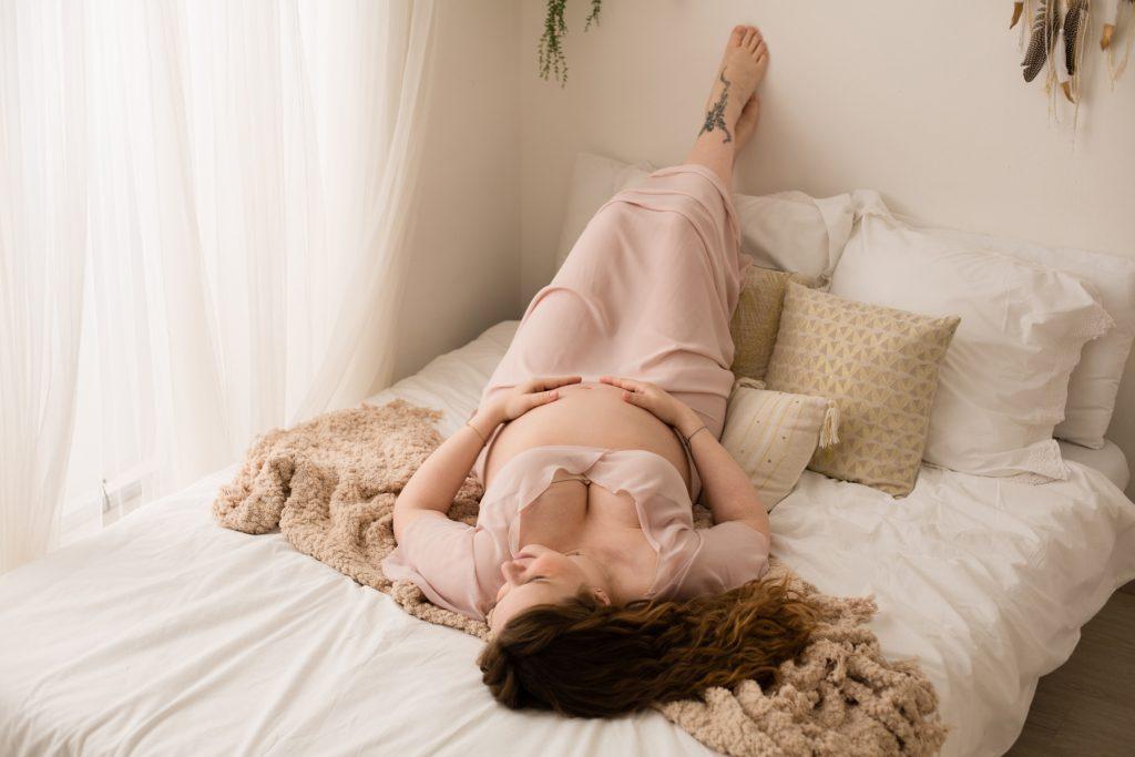 studio fotografico realizza fotografie di gravidanza a milano
