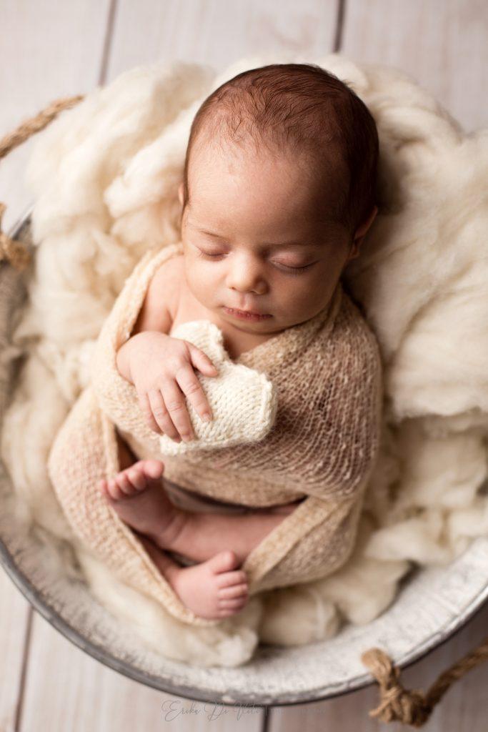 studio fotografico a milano realizza servizi fotografici a neonati