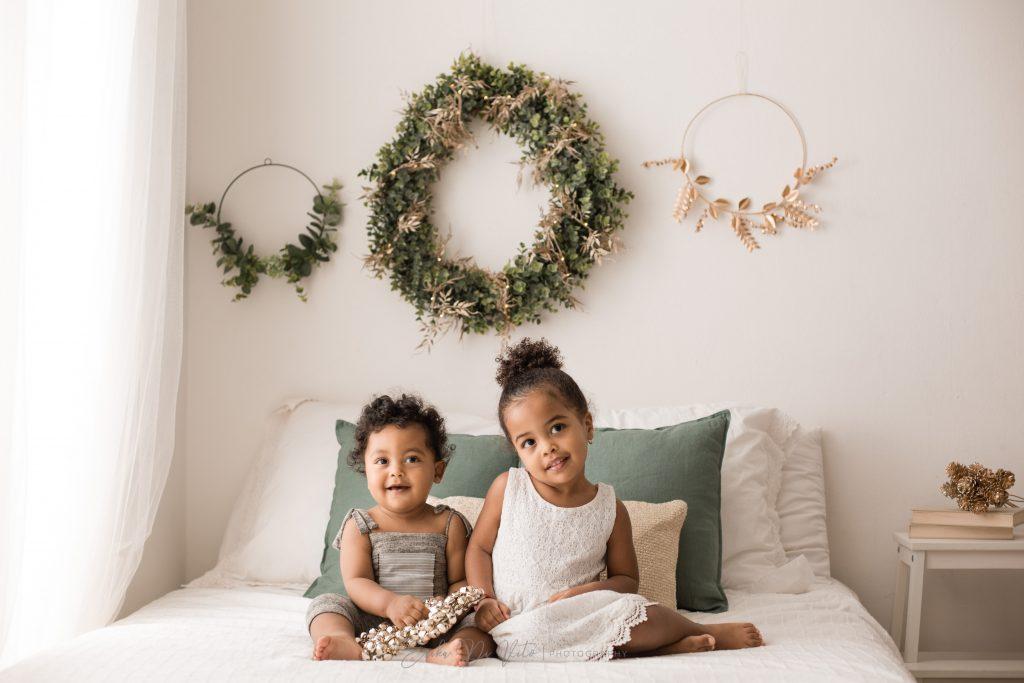 studio fotografico bambini realizza ritratto fratellini