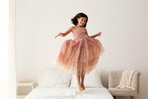 bambina salto