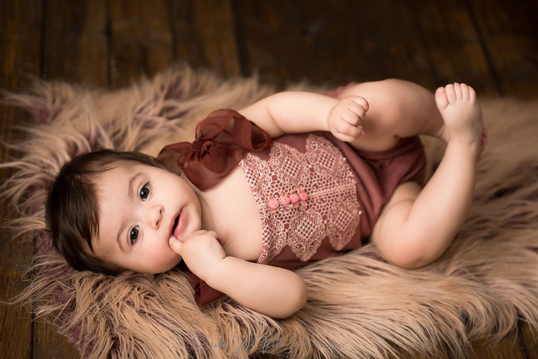 studio fotografico bambini milano ritratto di bambina bebe