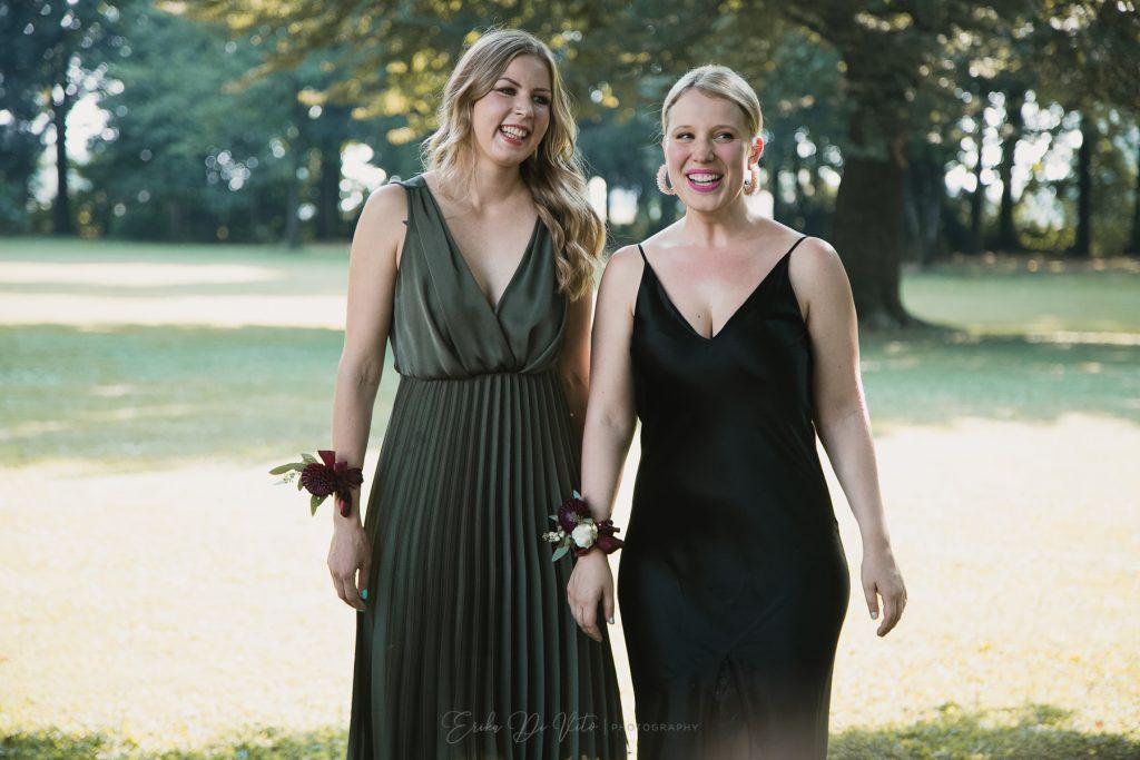le amiche della sposa risate