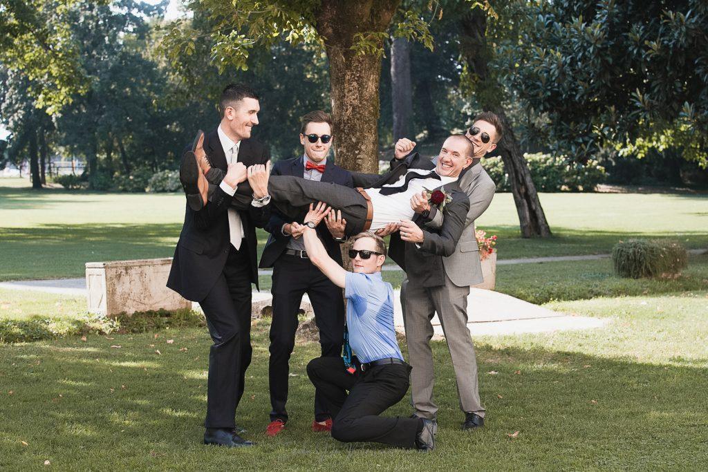 fotografia gruppi e famiglia matrimonio divertenti